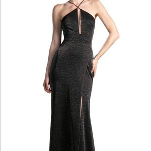 🆕NWT Black Gown✨Size 14/16
